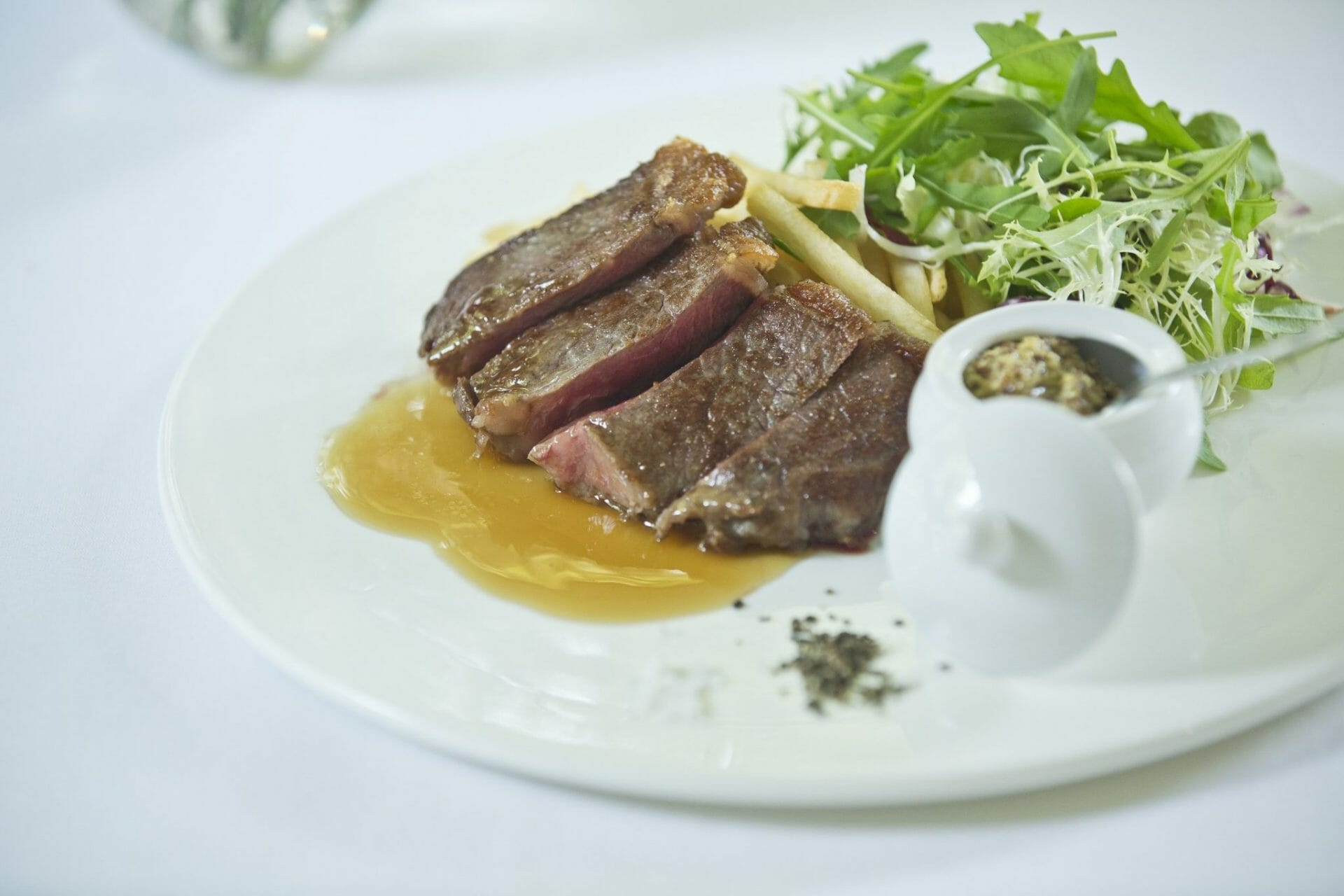 Lewin Terrace - One Plate Lunch_Wagyu Steak Frites copy