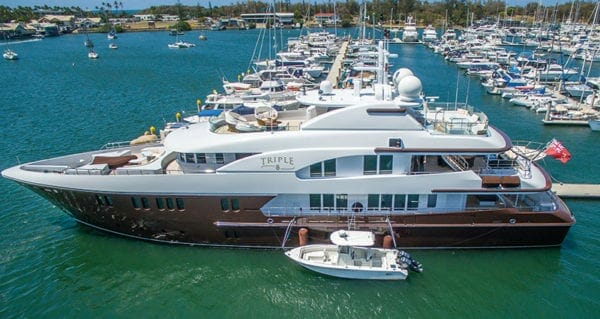 Singapore-Yacht-Show-2016-triple-8-royal-denship