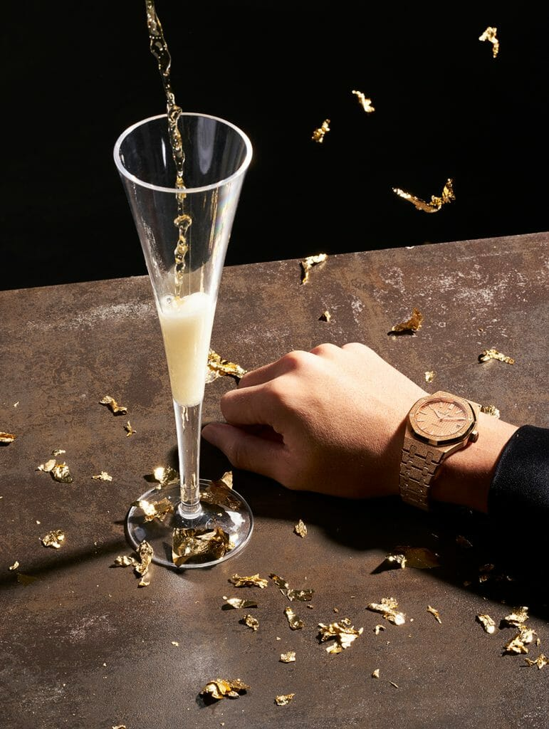 A Round for Everyone for the Happiest Hour on Your Wrist