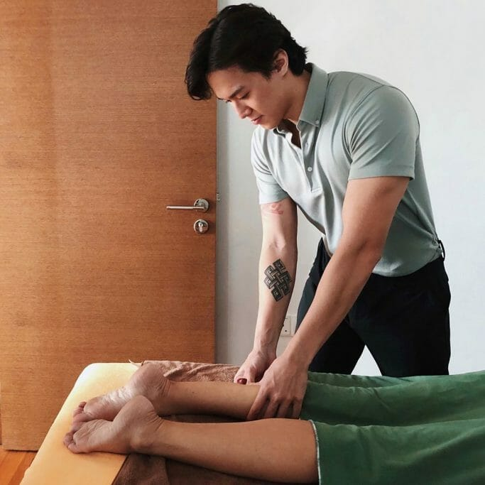Leo Heng, a Massage Therapist Really Recommends You Do a Sports Massage