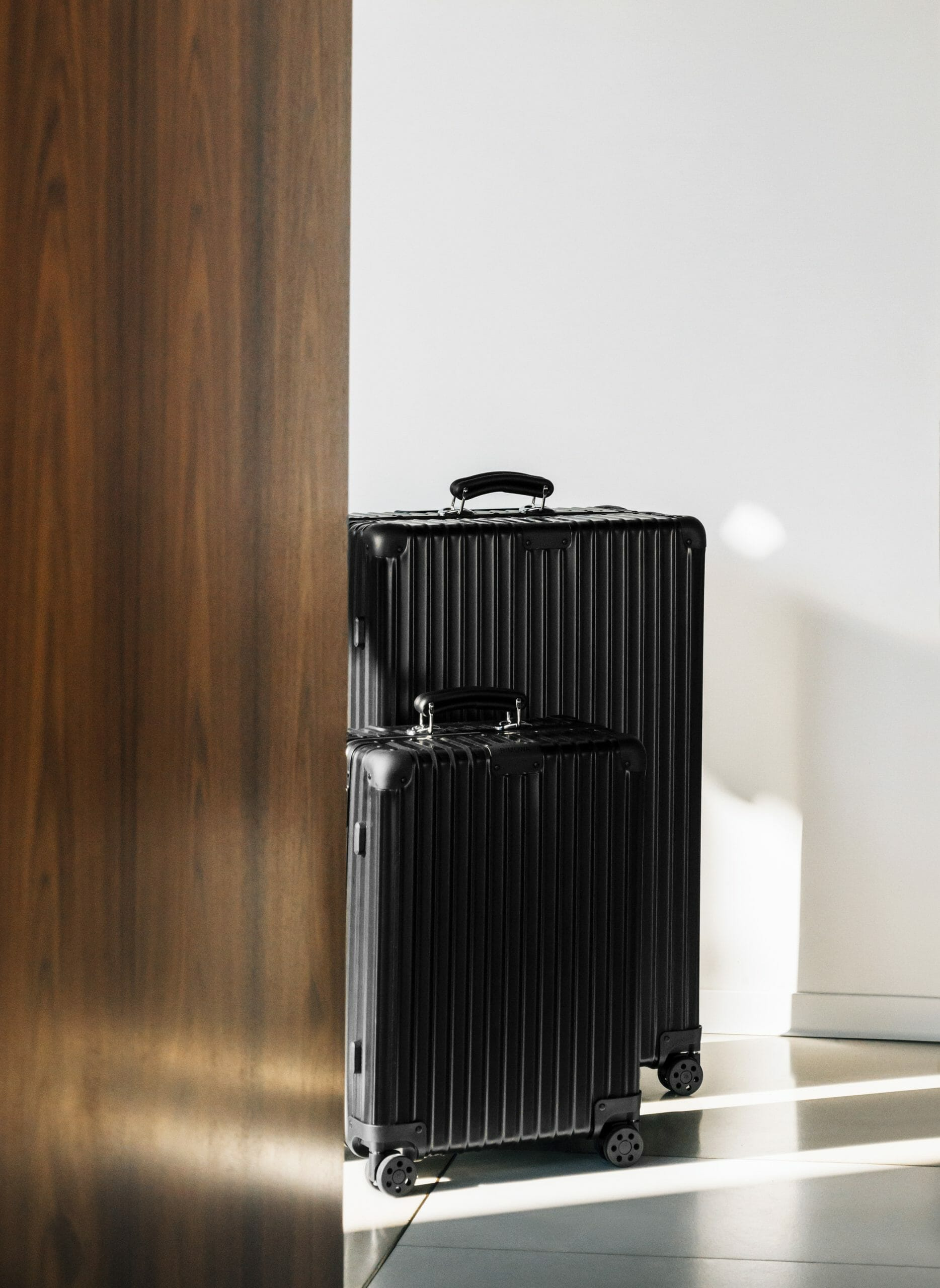 fashion news in October 2020 Rimowa Black