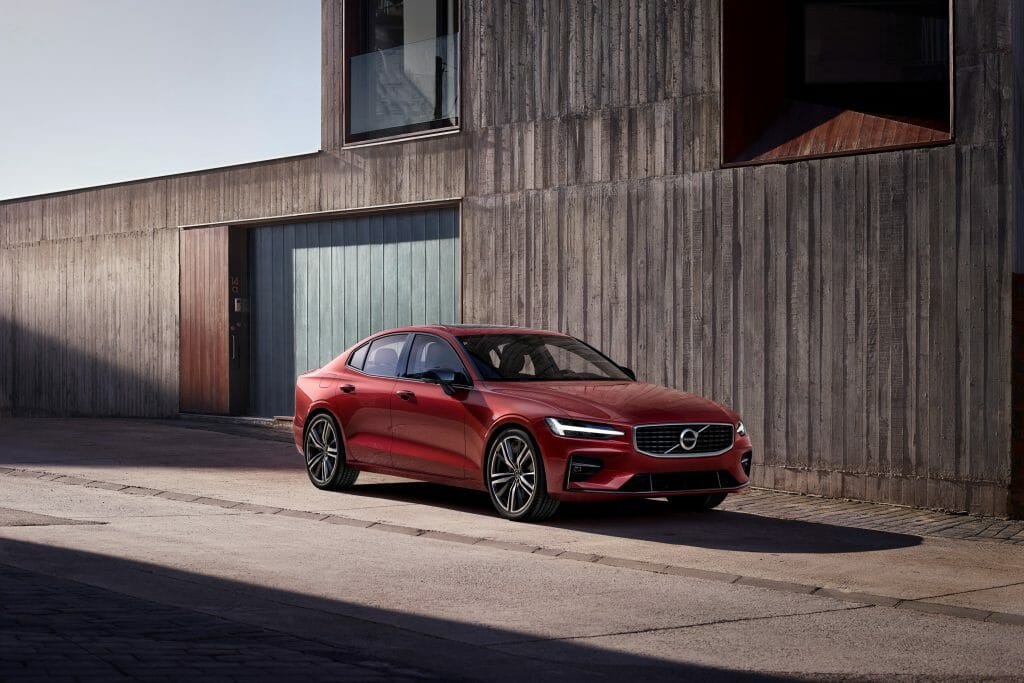 The New Volvo V60 Is Guaranteed To Give You the Electric Feels