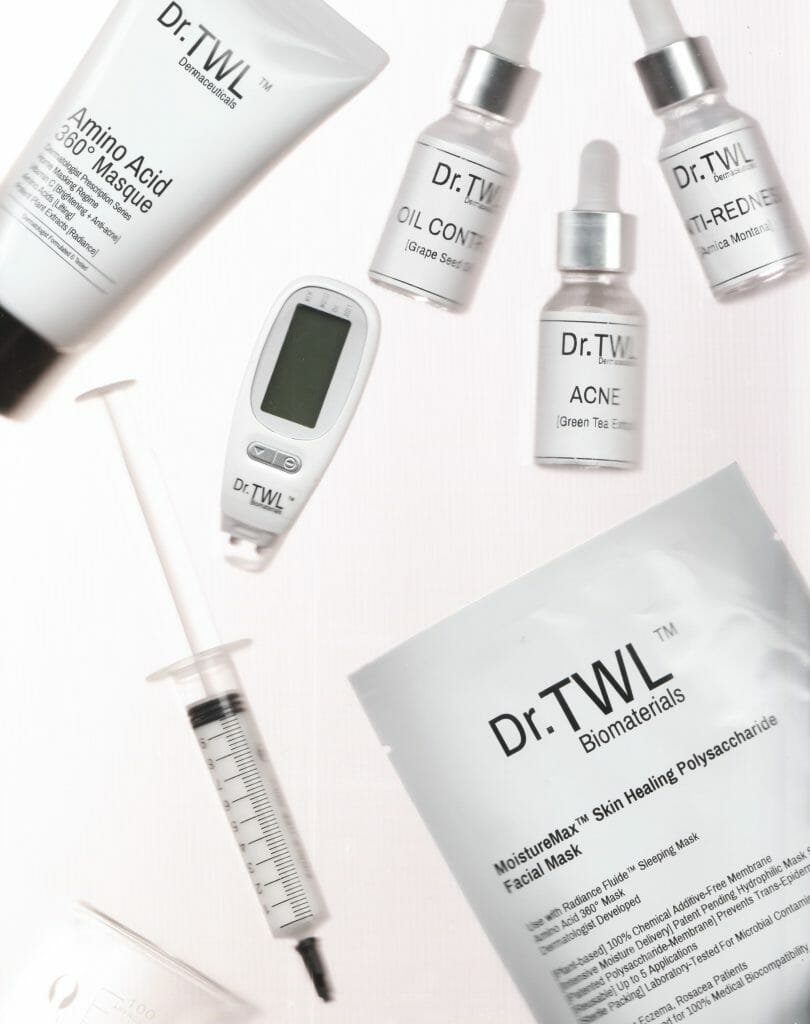 The Dr.TWL Dermaceuticals 360° Conscious Mask Bar Is a Skin & Hair Gym membership