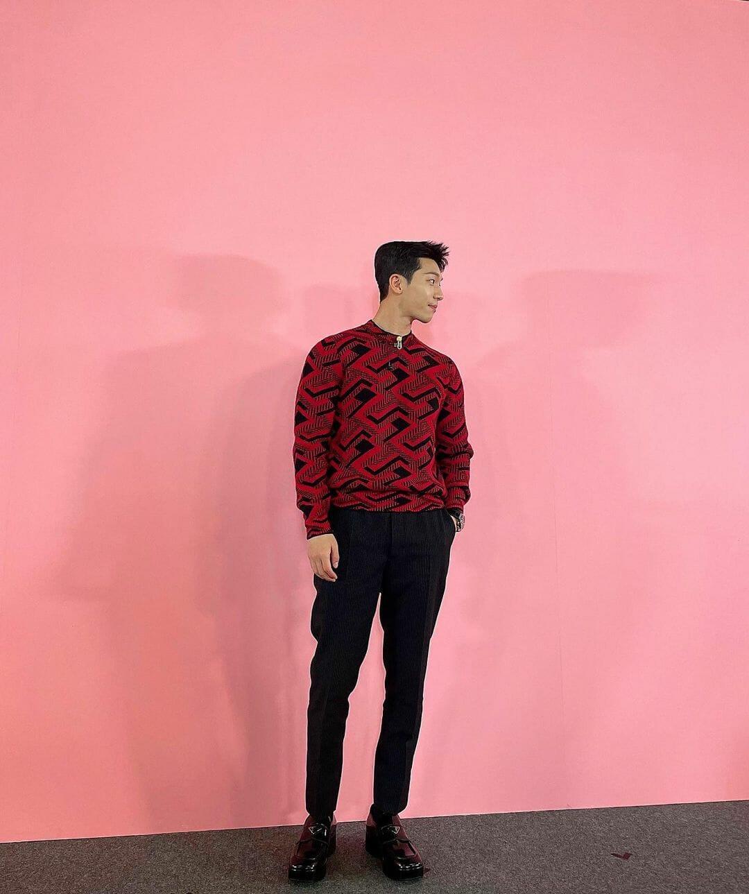 #ManCrushMonday — Wi Ha Jun Experiments With a Retro Graphic Sweater
